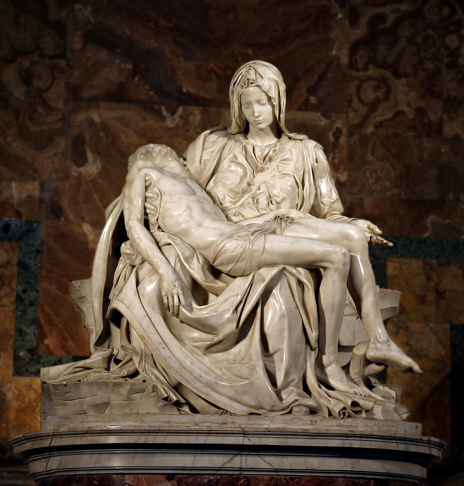 a concise description of michelanglelo s pieta what is your michelangelo s pietagrave in st peter s basilica in the vatican