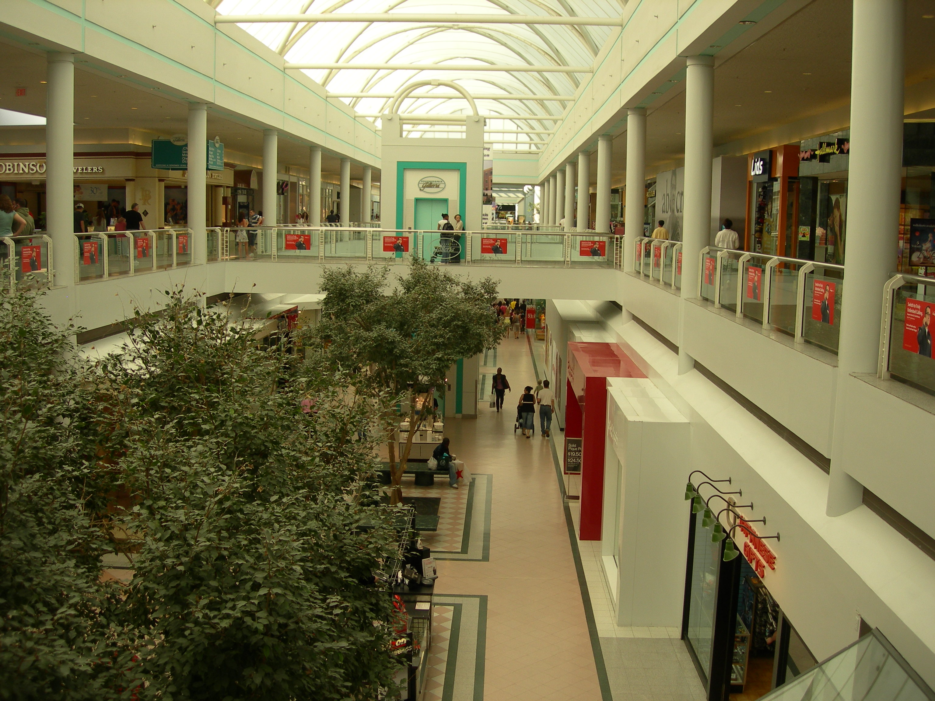 write essay shopping mall