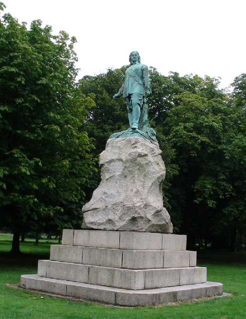 poem study james shirley death the leveller  english oliver cromwell this picture is of the statue of oliver cromwell opposite wythenshawe