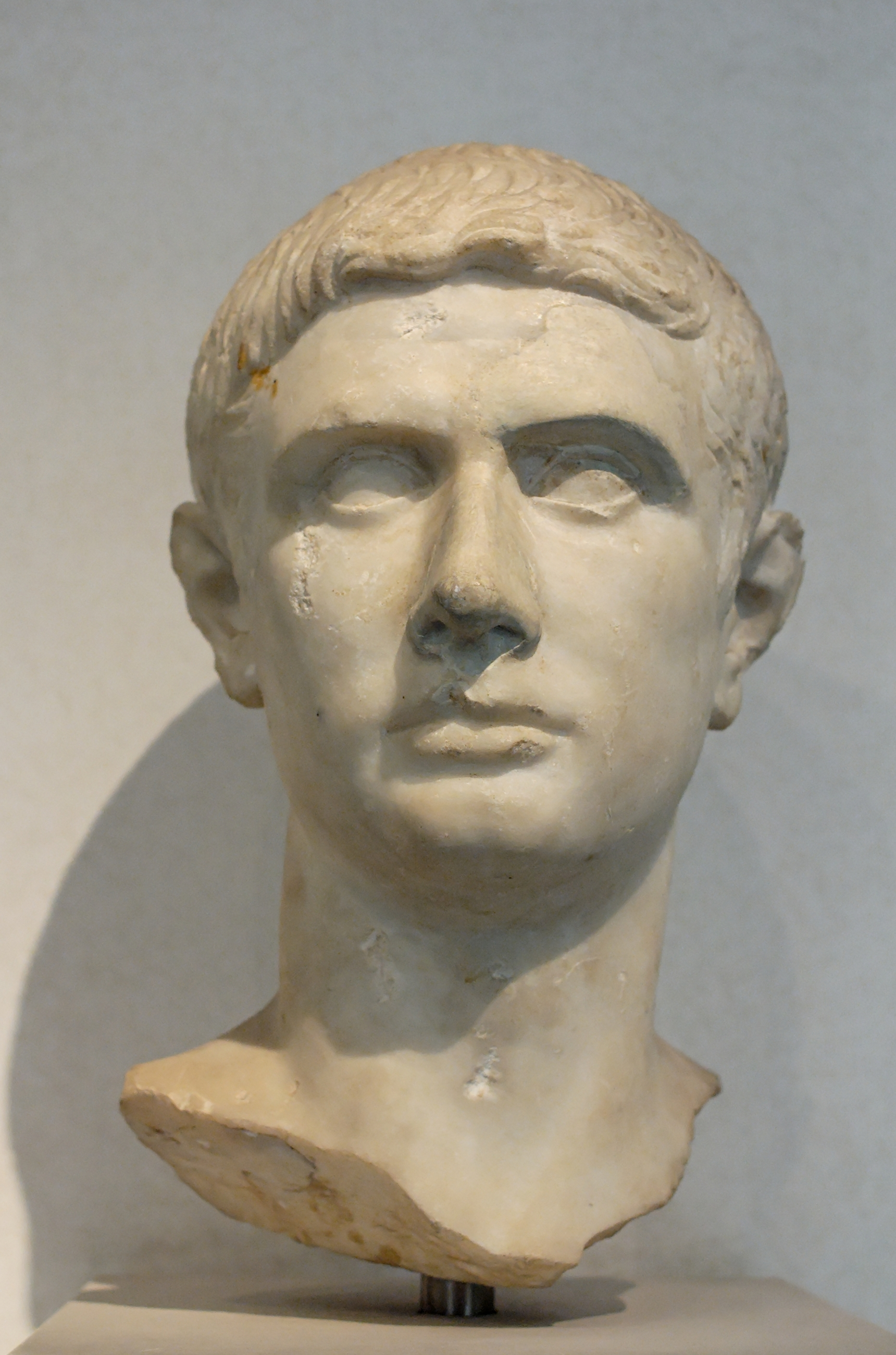 "julius caesar brutus cassius who is the better leader writework male portrait so called ""brutus"" marble r artwork 30"