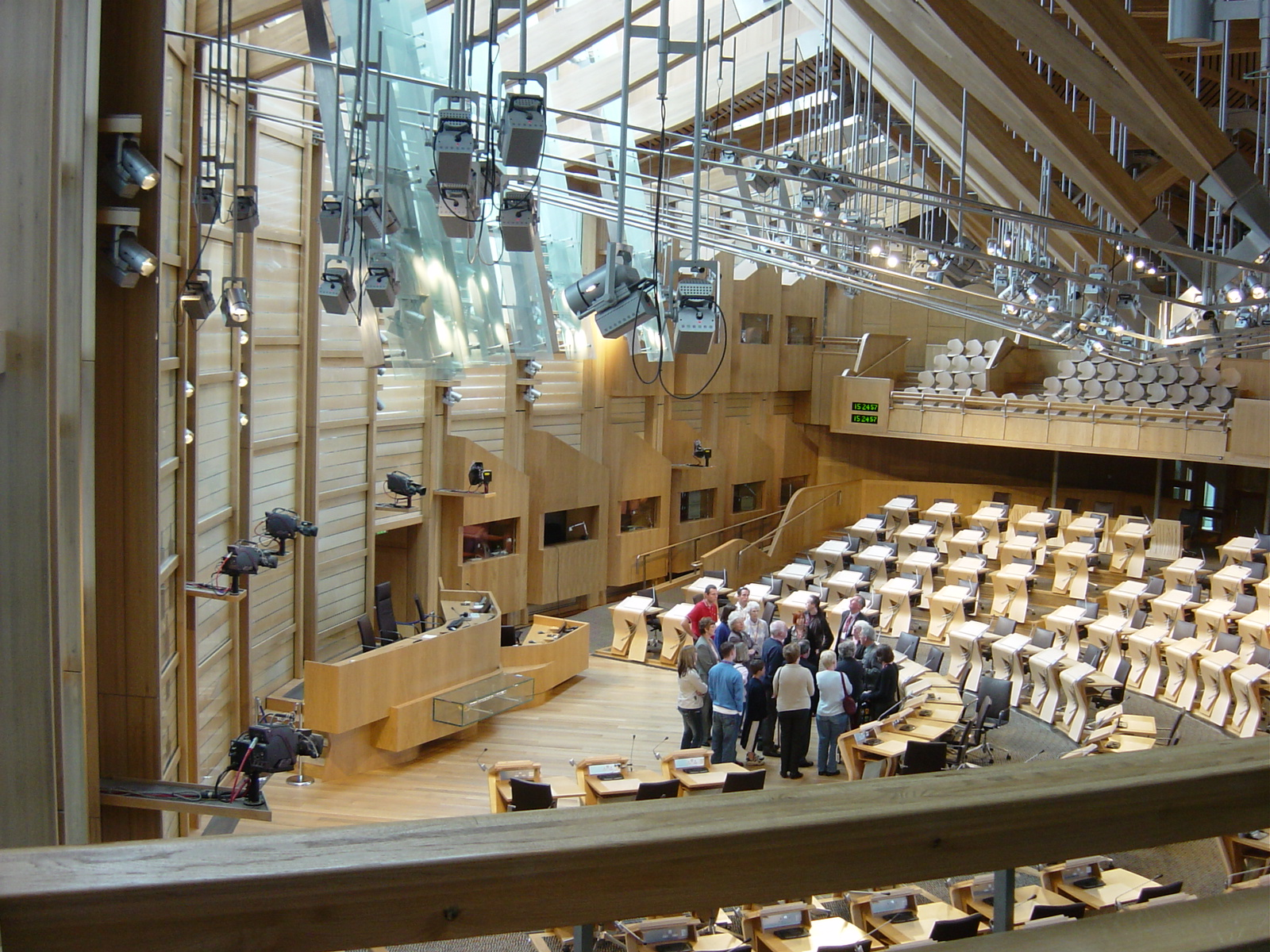 the scottish parliament essay Powers of the scottish parliament devolved and reserved powers scotland has devolved powers within the uk system of government, as set out in the scotland act (2001.