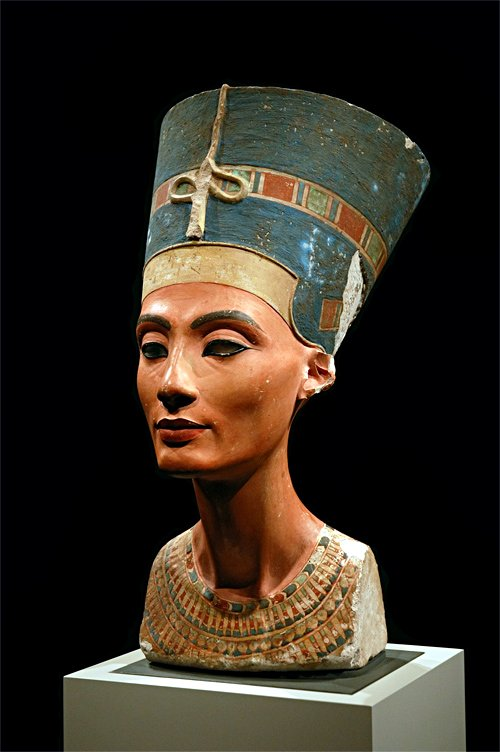 bust nefertiti rosicrucian egyptian museum