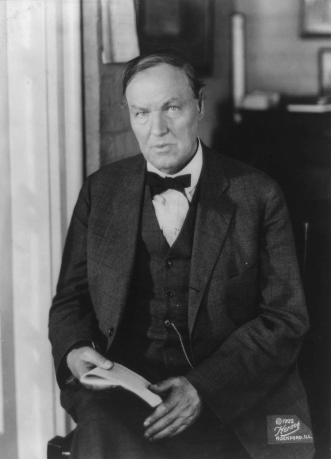 leopold and loeb essay The purpose of this study was to examine the courtroom summation of clarence darrow in the leopold-loeb murder trial by the application of the burkeian concepts of strategy and pentad.