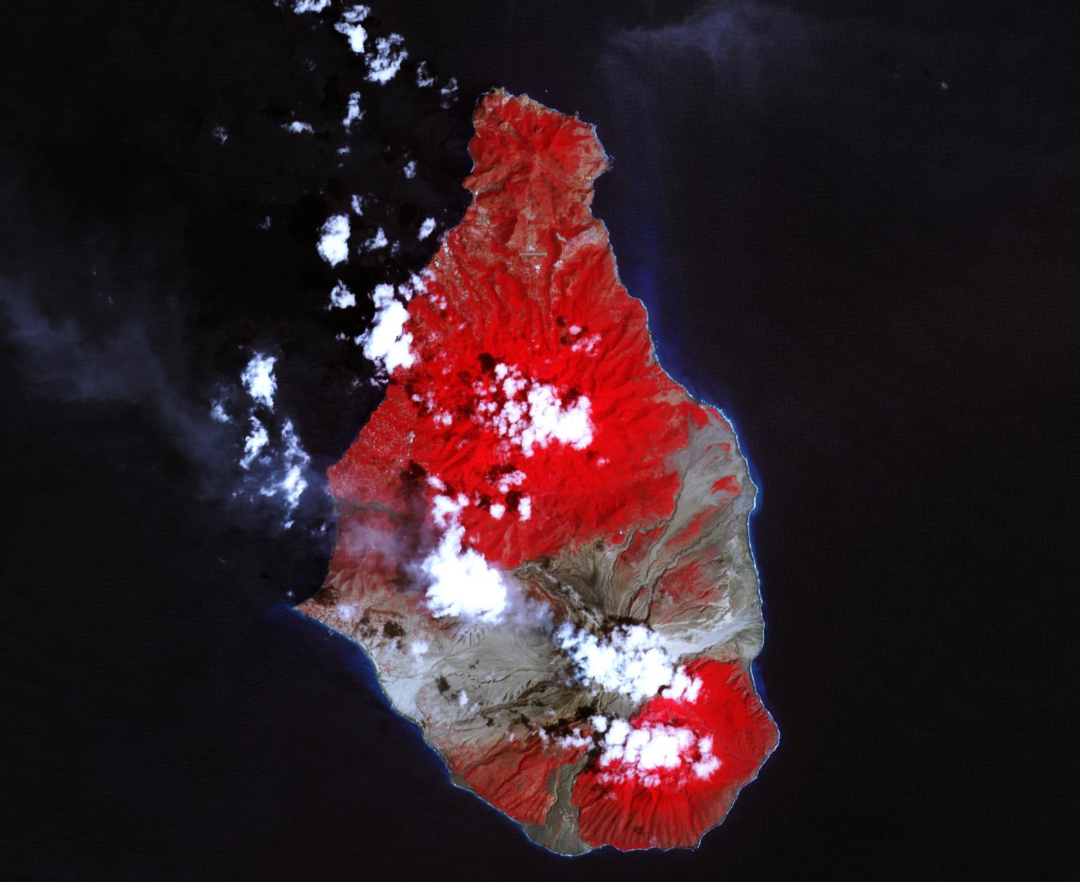 montserrat volcano eruption essay