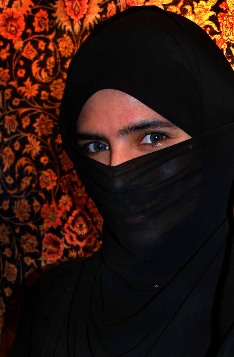 ban niqab in britain essay Banning the niqab harms an open society so does wearing it omer aziz  al azhar university in egypt, the great centre of sunni learning, banned the niqab in 2009 and its head at the time, the .