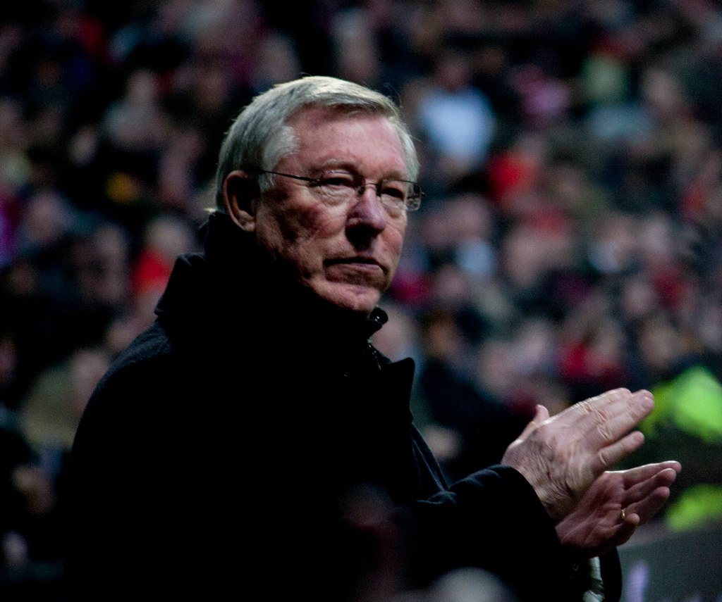 informative essay sir alex ferguson manager manchester uni Before retiring in may 2013, sir alex ferguson spent 26 seasons as the manager  of manchester united, the english.
