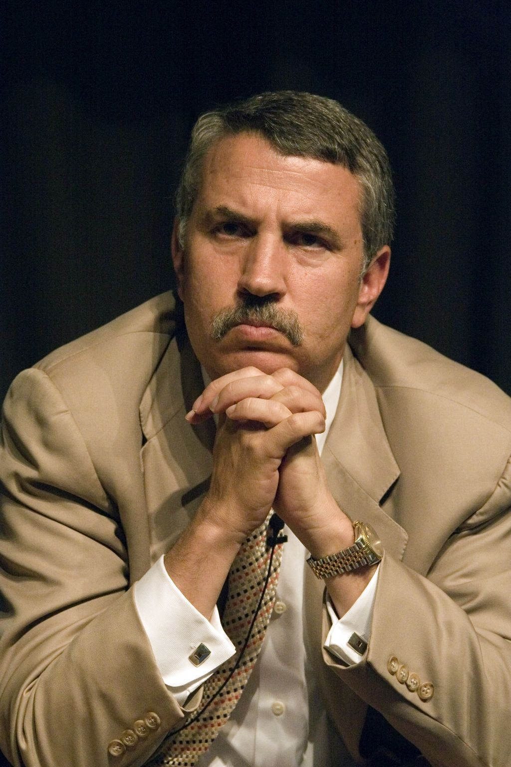 thomas friedman the world is flat Thomas l friedman explains how the flattening of the world happened at the dawn of the twenty-first century book excerpt available here: http://yaleglobal.