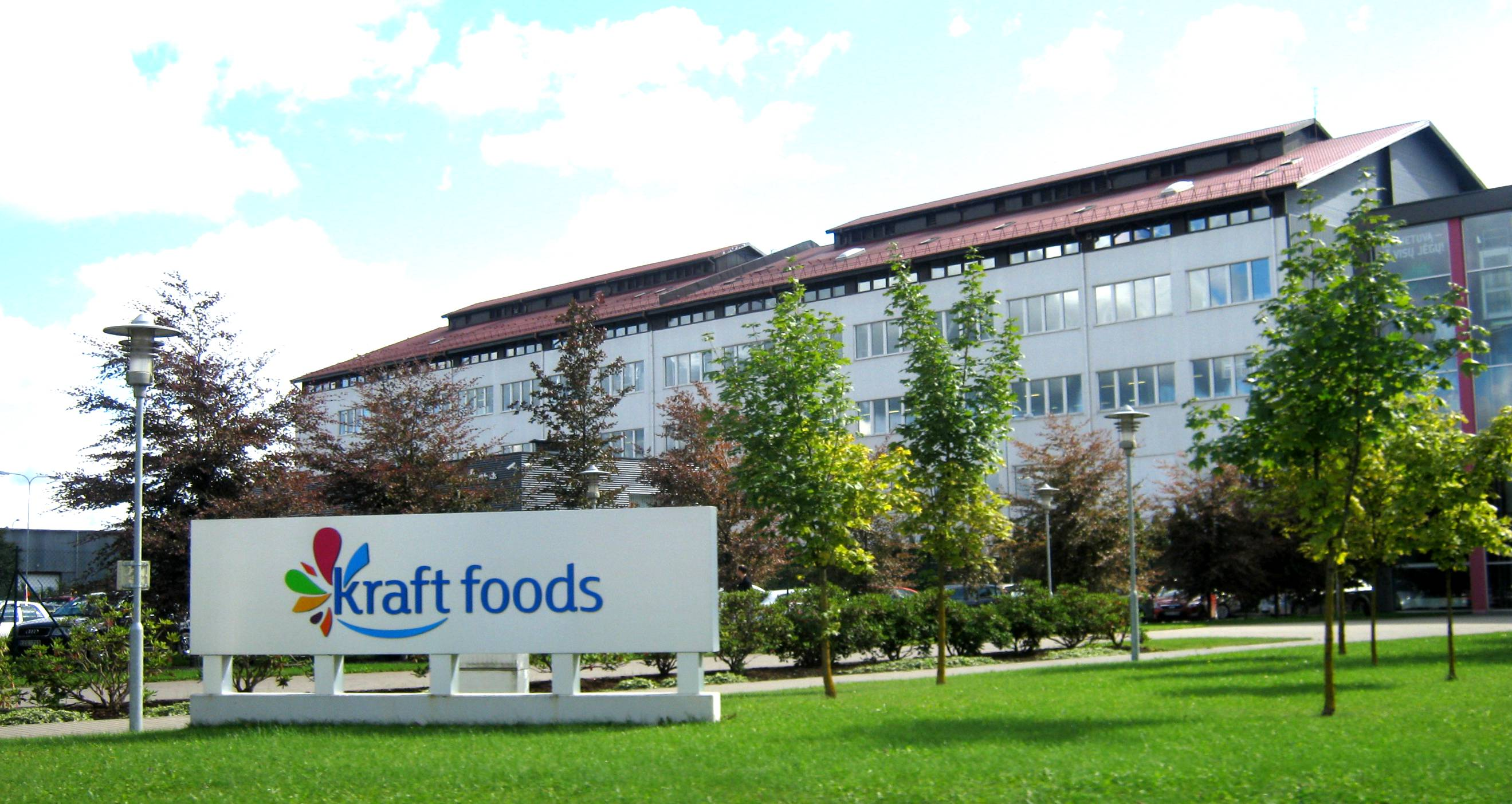 kraft foods case study Kraft food's fight against obesity - kraft foods, the case examines the growing impact of junk foods on american society it examines the role played by food.