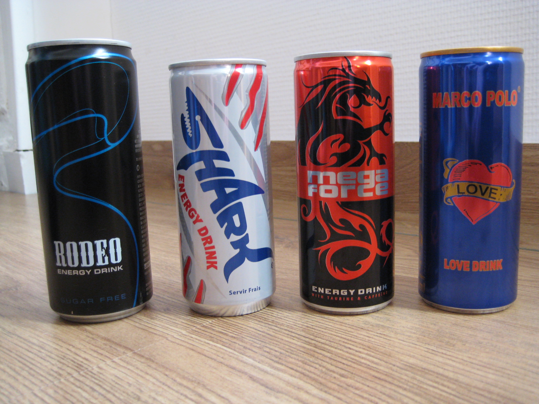 marketing of energy drinks - product mix  packaging