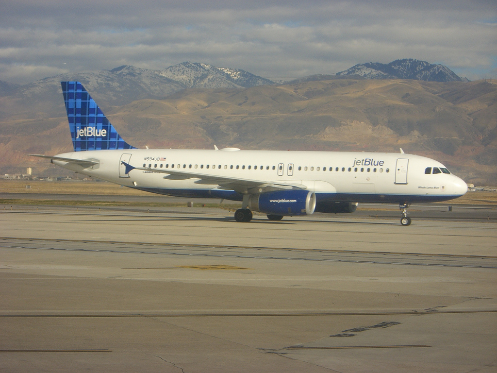 jet blue airways ipo essay Custom jetblue airways ipo valuation harvard business (hbr) case study analysis  & solution for $11 finance & accounting case study assignment help, analysis.