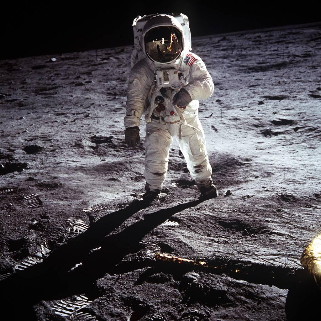 Essay on the moon