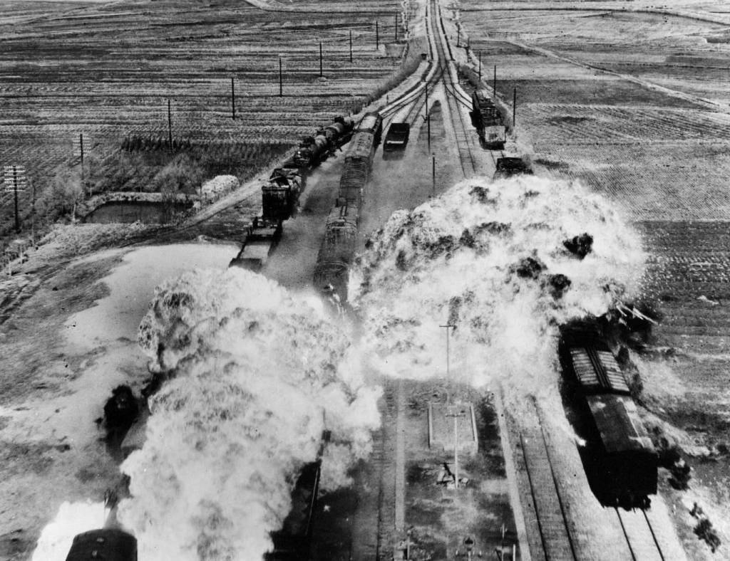 the korean war briefly describes the cause and effect of the while trains were used to transport u s iers and their equipment during the korean war
