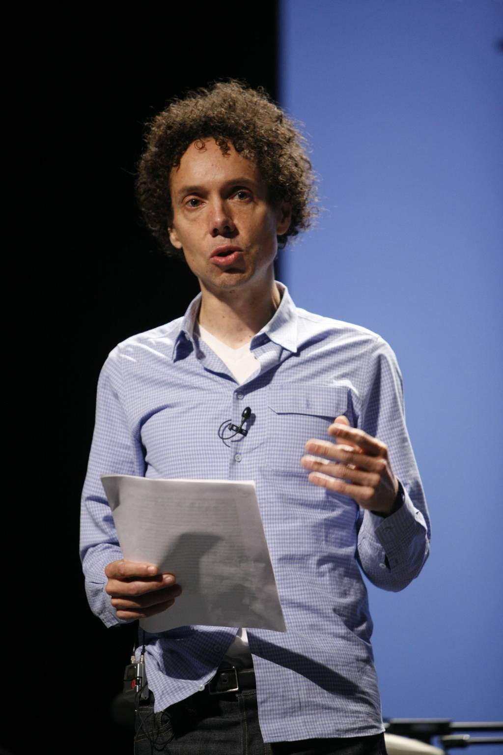 gladwell blink essay This is the prescription of blink, the popular psychology bestseller from malcolm gladwell, staff writer for the new yorker and author of the cult business book the tipping point blink introduces us to the power of thin-slicing by way of example.