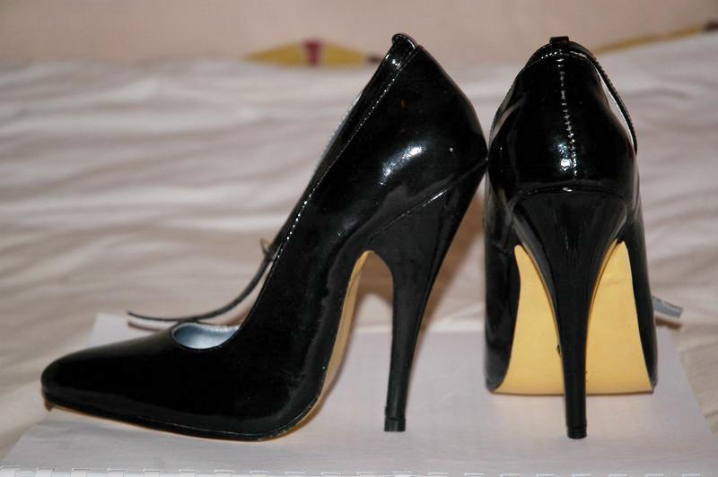 Shoe Classification Heels