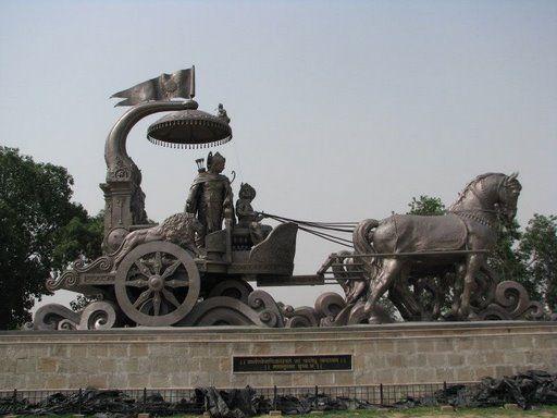 krishna essay 23 फ़रवरी 2013  'श्रीकृष्ण जन्माष्टमी' हिन्दुओं का एक प्रसिद्द त्यौहार है।  यह त्यौहार हिन्दू कैलेण्डर के अनुसार भाद्रपद.
