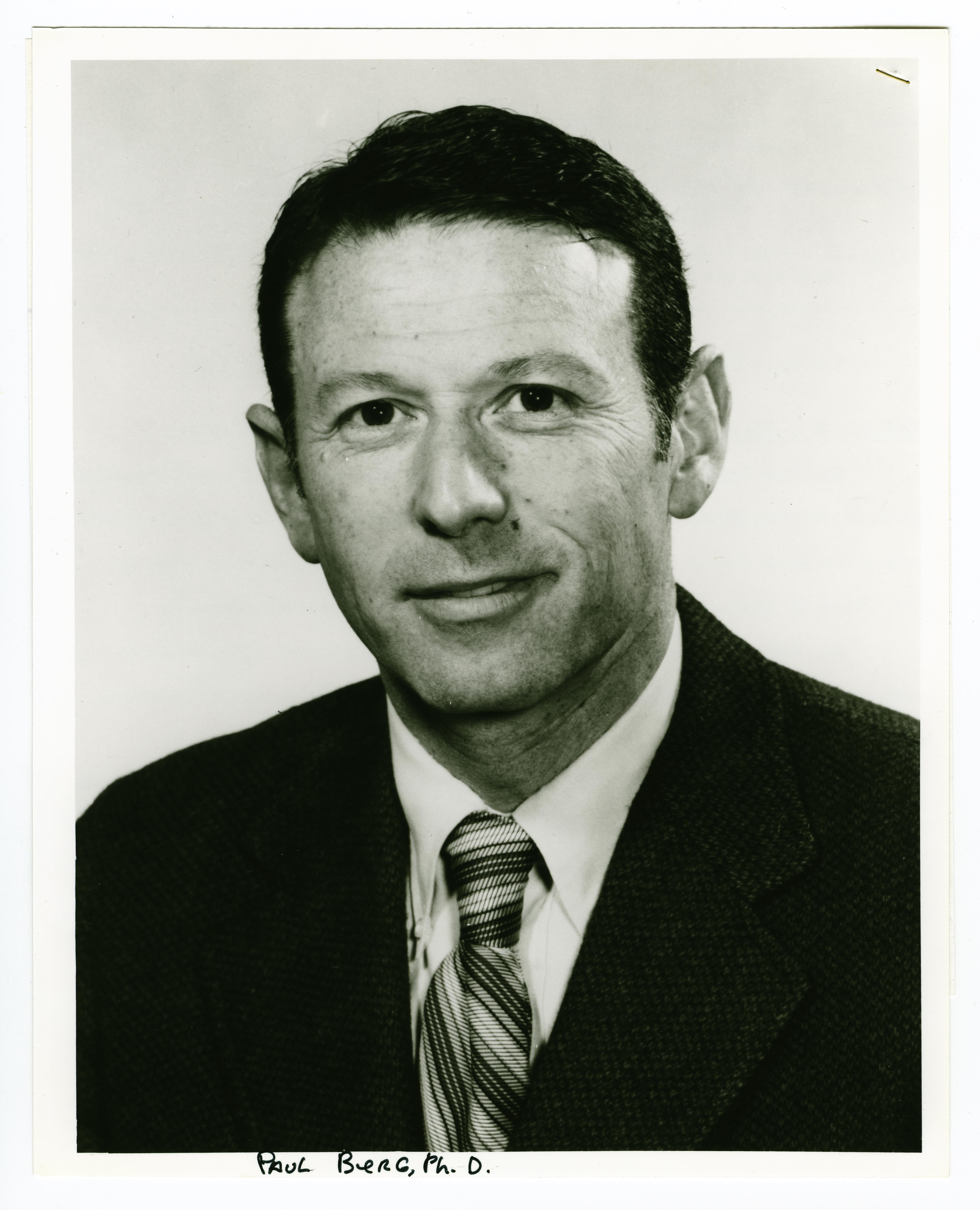 Genetic engineering wikipedia - Paul Berg 1980 Albert Lasker Basic Medical Research Award Winner