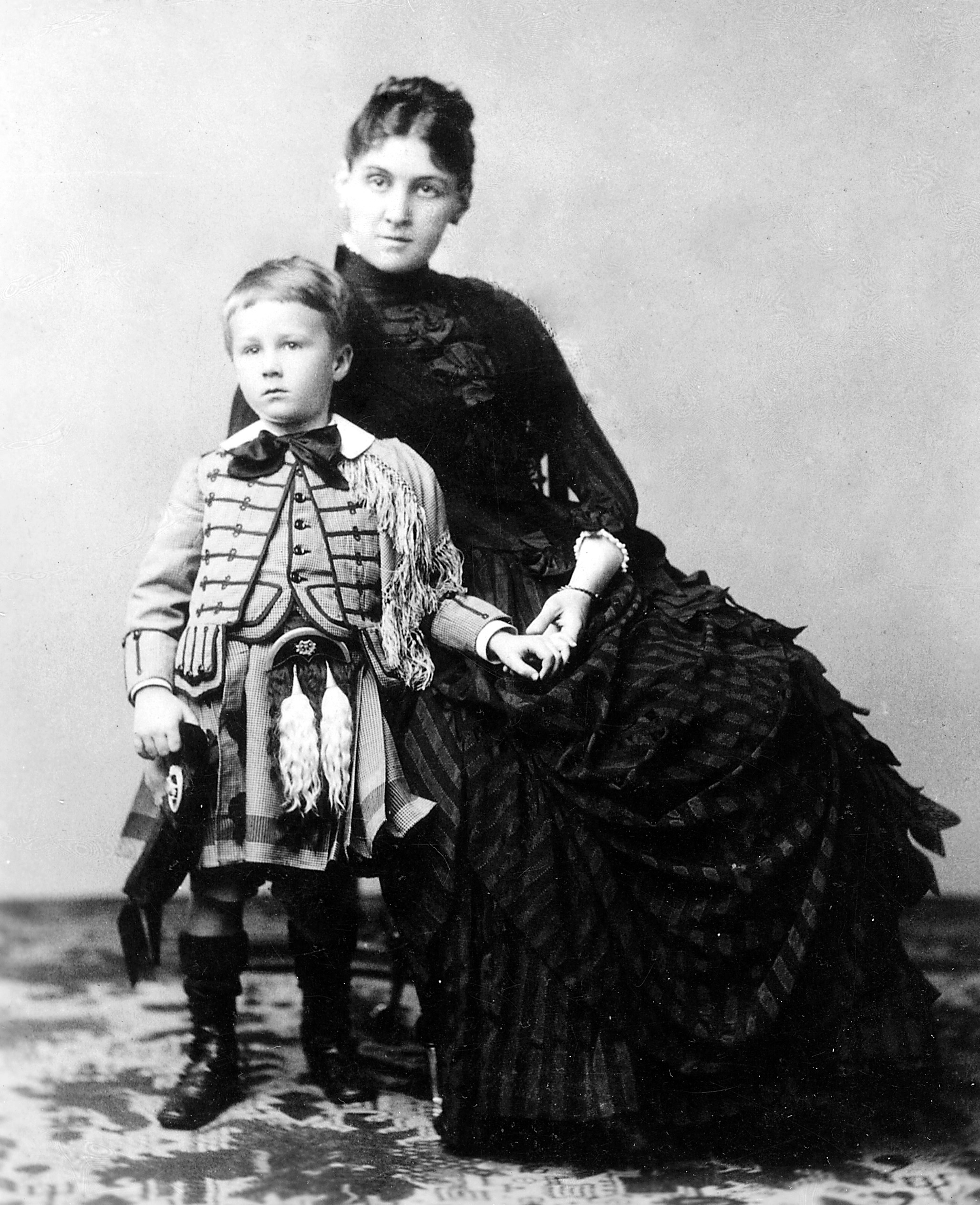 the early life of franklin delano roosevelt his overprotective franklin delano roosevelt his mother sara 1887