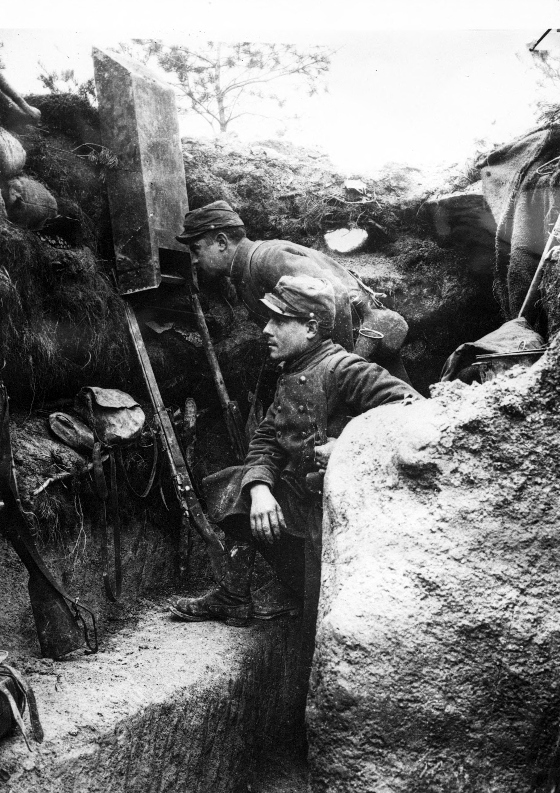 trench warfare research and source analysis writework english periscope use in a french first line trench francais utilisation d un