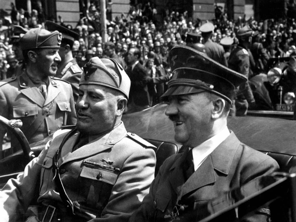 Benito mussolini fascism essay