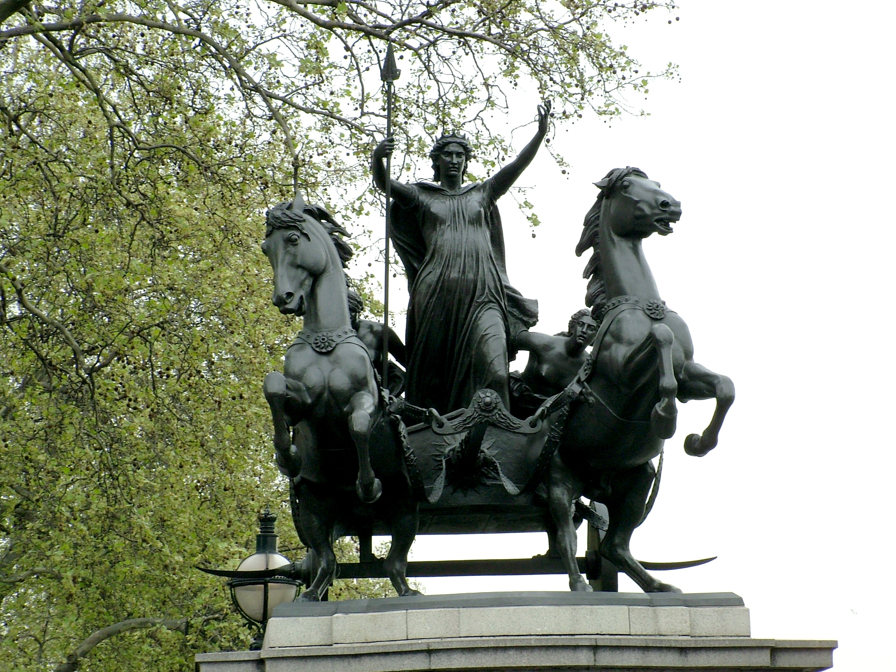 boudicca essay Conclusion meanwhile, boudicca and her warriors, certain they would once again prevail over such a small roman force not only quickly but completely, brought their.