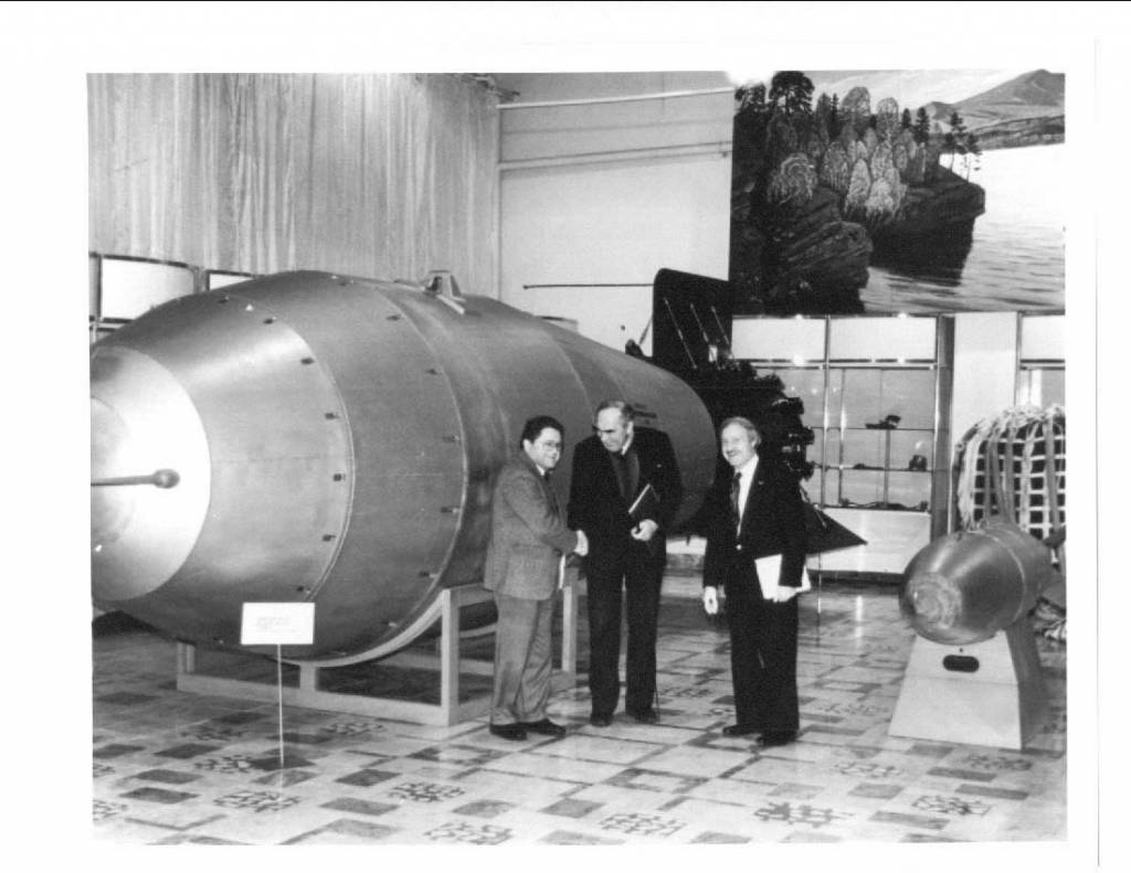 was the us justified in dropping the atomic bomb