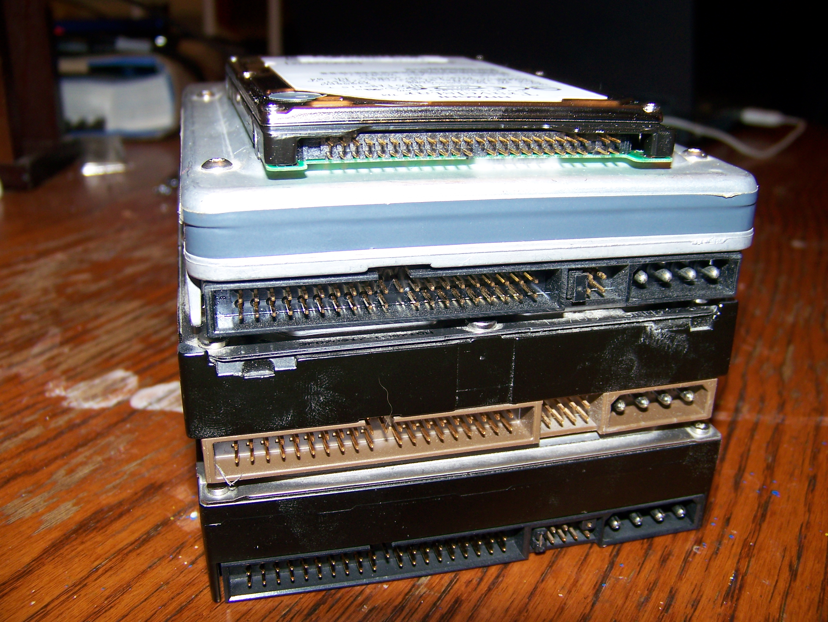 seagate technology essay This paper describes the business activities of seagate technology - one of the world's largest manufacturers of computer disk drives and related data storage devices when its stock price was undervalued, the management of seagate worked with a private equity firm to plan a restructure of the company.