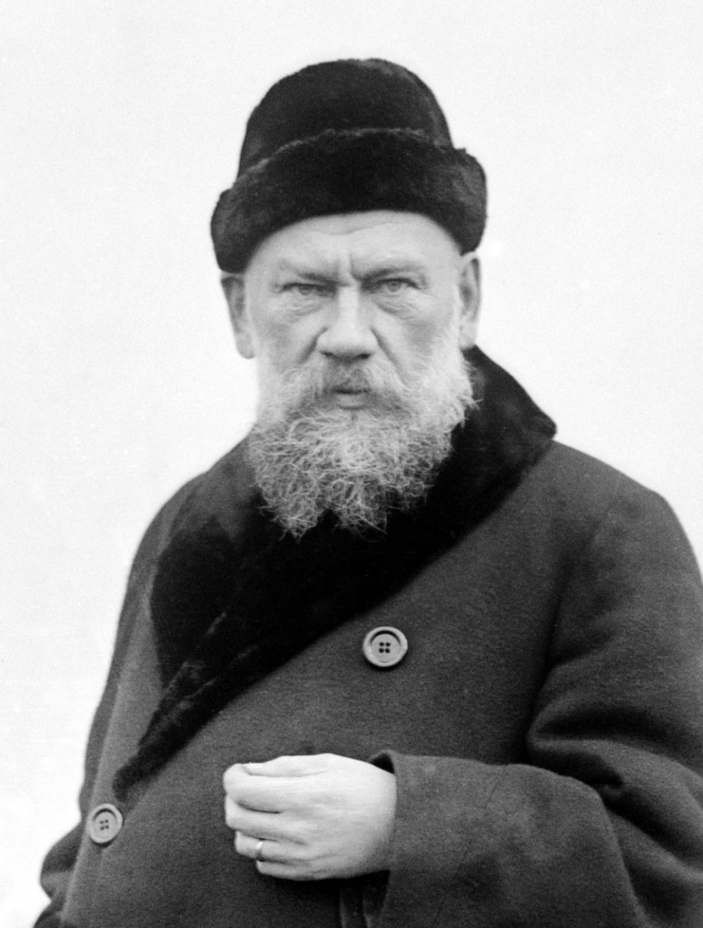 death of ivan ilych essay The death of ivan ilych, by leo tolstoy provides a literary portrait of a mans life and death this exercise aims to analyse denial and the inevitability of death.