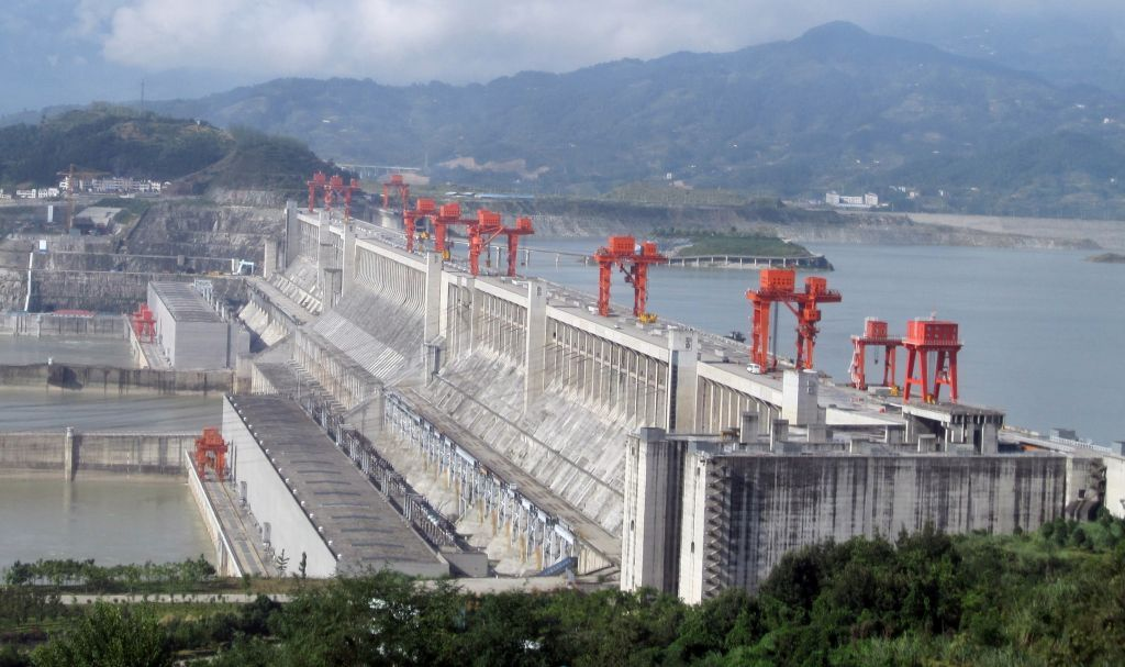 essay three gorges dam The three gorges dam will produce about 846 billion kilowatt hours of clean energy annually 3 navigation: the presence of the dam, the reservoir, and the.