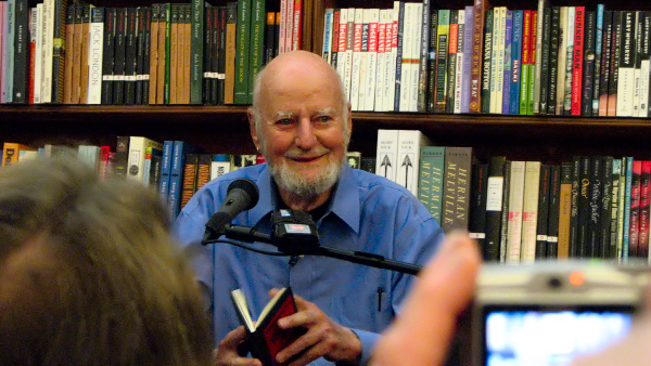poem commentary constantly risking absurdity lawrence ferl The poem revolves around this basic theme of social divide and  this commentary  an analysis of lawrence ferlinghetti's constantly risking absurdity .