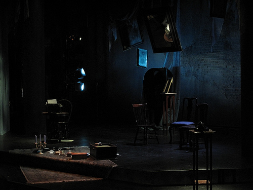 "glass menageries paper 'the glass menagerie' heads back to broadway who will play amanda wingfield in the revival of ""the glass menagerie today's paper."