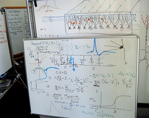 how to work out how many electrons flowed through