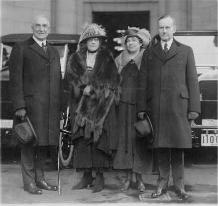 warren g harding president essay Booming, and everybody seemed to be having a good time this was especially true for president warren g harding he was a man that enjoyed women, poker.