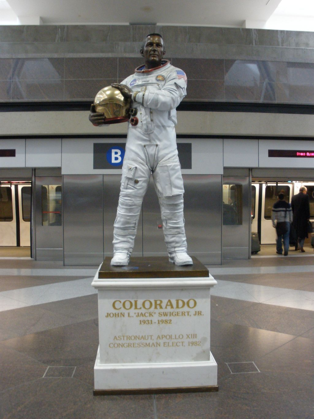 apollo writework english statue of apollo 13 astronaut jack swigert by mark lundeen at concourse b