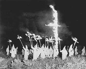 ku klux klan racism essay A timeline history of the ku klux klan (kkk), a white supremacist terrorist group that worked in collusion with southern segregationist governments.