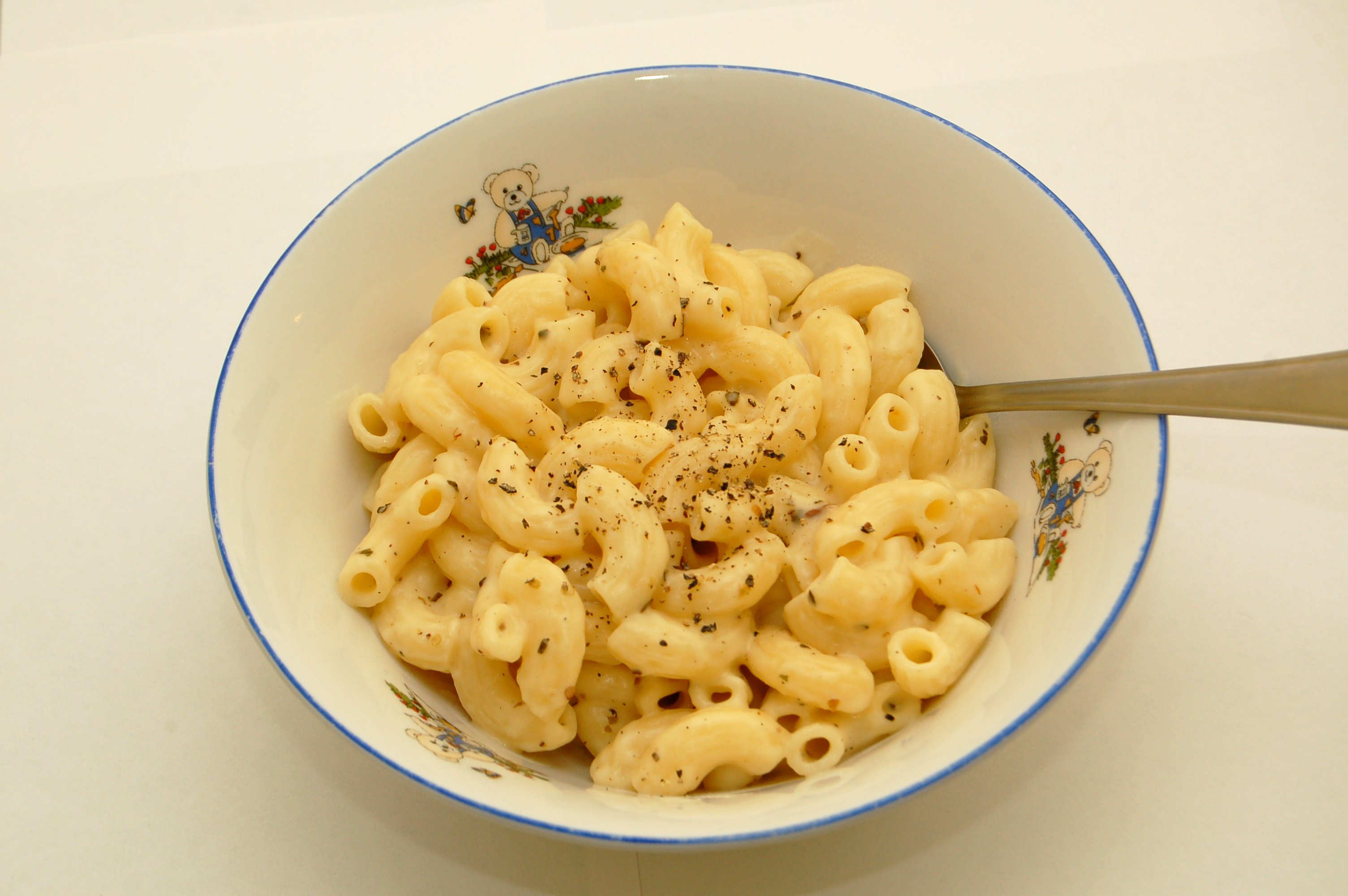mac cheese essay When macaroni and cheese is good enough: revelation in creative nonfiction  the self of the writer is in good part what the essay is aboutthus, not only do we.