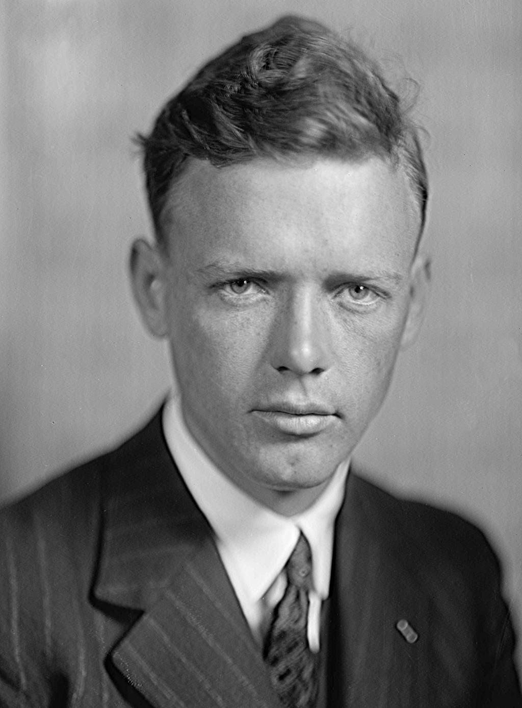 charles lindbergh kidnapping essay The best-known pilot in the world both in his lifetime and in the annals of history, charles lindbergh started out as a barnstormer in a world war i surpluread more here.